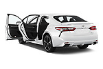 Car images of 2018 Toyota Camry XSE 4 Door Sedan Doors
