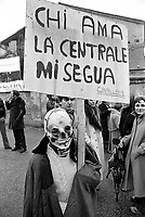 - Viadana (Mantua) demonstration against nuclear power stations on the Po river (December 1978)....- Viadana (Mantova) manifestazione contro le centrali nucleari sul fiume Po (dicembre 1978)