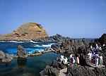 Portugal, Madeira, Porto Moniz: Naturschwimmbecken   Portugal, Madeira, Porto Moniz: natural swimming pool