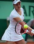 Samantha Stosur (AUS) defeats Nadia Petrova (RUS 6-1, 6-2.