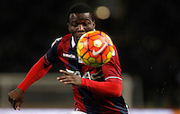 Calcio, Serie A:  Bologna vs Juventus. Bologna, stadio Renato Dall'Ara, 19 febbraio 2016. <br /> Bologna's Godfred Donsah eyes the ball during the Italian Serie A football match between Bologna and Juventus at Bologna's Renato Dall'Ara stadium, 19 February 2016.<br /> UPDATE IMAGES PRESS/Isabella Bonotto
