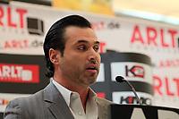 Ivayla Gotsev (Manager Samuel Peter)