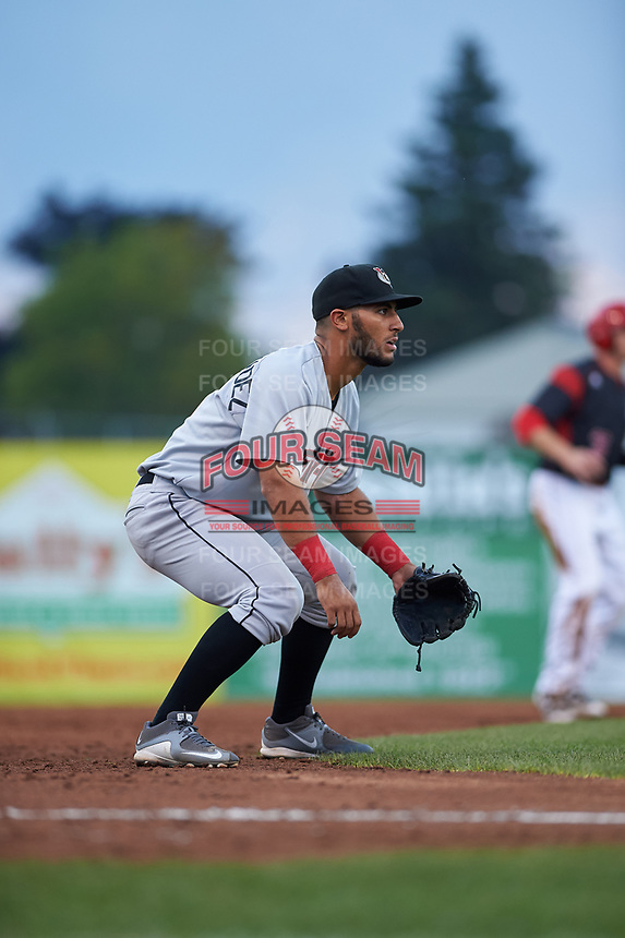 Tri-City ValleyCats third baseman Abraham Toro-Hernandez (31) during a game against the Batavia Muckdogs on July 14, 2017 at Dwyer Stadium in Batavia, New York.  Batavia defeated Tri-City 8-4.  (Mike Janes/Four Seam Images)