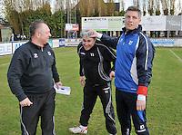 VC Wingene - FC Izegem : vreugde bij de trainers van Izegem : Nick Bonte (links) , Peter Devos (midden) en Peter Deldaele .foto VDB / BART VANDENBROUCKE