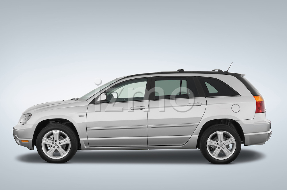 Driver side profile view of a 2008 Chrysler Pacifica