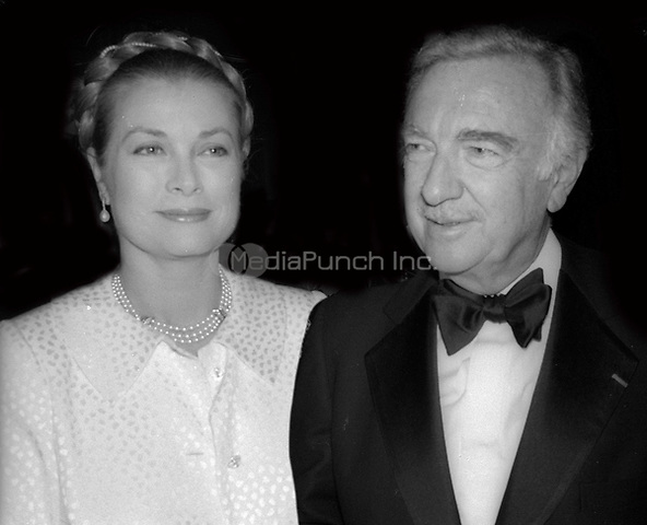 Princess Grace and Walter Cronkite 1977<br /> Photo By Adam Scull/PHOTOlink/MediaPunch