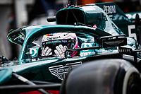 27th August 2021; Spa Francorchamps, Stavelot, Belgium: FIA F1 Grand Prix of Belgium, free practise:   VETTEL Sebastian ger, Aston Martin F1 AMR21 adjusting his visor and helmet