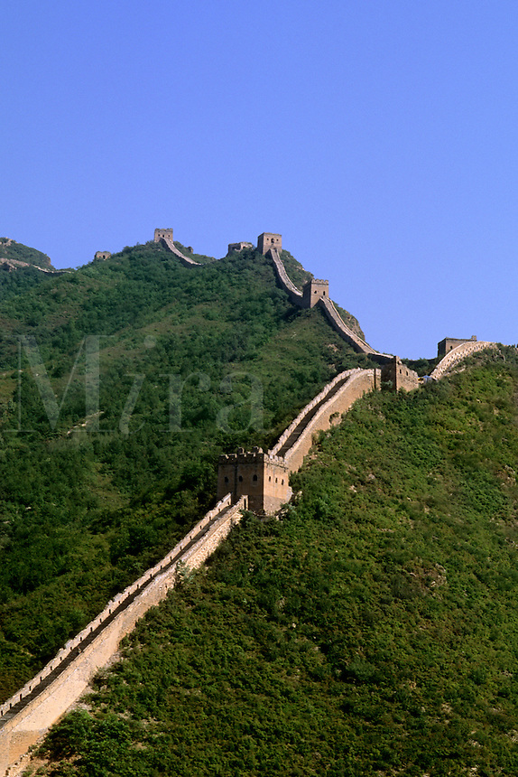 Colorful scenic with mountains and the great Wall of China in Simatai