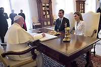 Spain's  Queen Letizia.<br /> The privilege of the white is a special privilege granted to Catholic queens, or the wives of the Catholic kings, which, during the audience with the Pope, can wear a white dress instead of the usual black dress prescribed by ceremonial.<br /> <br /> White is currently the privilege granted only to the queen Letizia of Spain, Queen Mathilde of Belgium, Princess Charlene of Monaco, former Queen Sofia of Spain, former Queen Paola of Belgium and the Grand Duchess Maria Teresa of Luxembourg.<br /> <br /> Until 1946 the privilege was also granted to the Italian queen and princesses of the House of Savoy. Although Catholics, the privilege is not granted to the Principality of Liechtenstein and the Kingdom of Lesotho, and, until 2013, was not granted to the Principality of Monaco. The wives of the presidents do not enjoy the privilege of white.<br /> Pope Francis with Spain's King Felipe VI  and Queen Letizia  during a private audience at the Vatican on June 30, 2014.