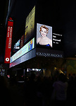 Broadway Dims The Lights for Jan Maxwell