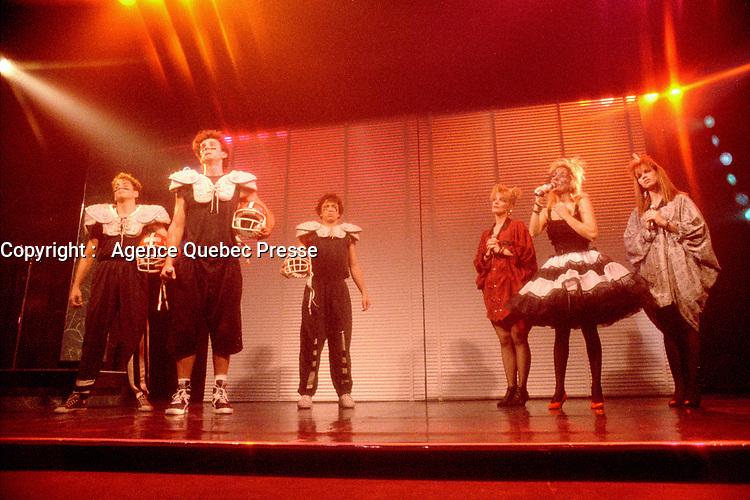 Montreal - Canada - File Photo - Marc Drouin et les Echalottes perform their show VIS TA VINAIGRETTE at the Spectrum, September 29, 1987.<br />  - PHOTO D'ARCHIVE :  Agence Quebec Presse<br /> <br /> <br /> <br /> <br />  - PHOTO D'ARCHIVE :  Agence Quebec Presse