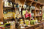 Frankreich, Provence-Alpes-Côte d'Azur, Menton: Oliviers  Co. - Fachgeschaeft fuer Olivenoele | France, Provence-Alpes-Côte d'Azur, Menton: Oliviers  Co. specialised in olive oils