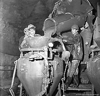 travaux-de-betonnage--la-station-de-mtro-guy-12-novembre-1963