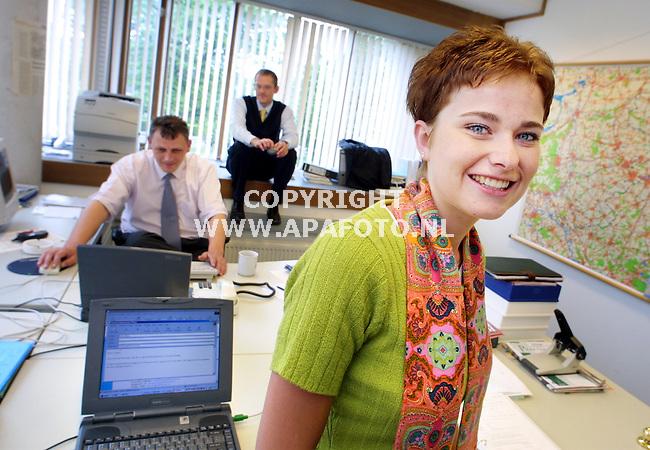 Doetinchem , 280501  foto: Koos Groenewold / APA Foto<br />Aafke Westerterp op haar werkplek