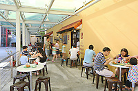 The popular breakfast cafe chain un Kaya Toast in Singapore. <br /> <br /> p