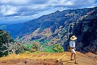 Man hiking the Canyon Trail