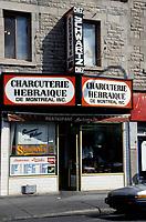 La charcuterie hebraique Chez Schwartz's sur le Boulevard St-Laurent,  dans les années 80.<br /> <br /> Schwartz's Montreal Hebrew Delicatessen<br /> ,on St-Lawrence Blvd, in the eighties.