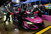 #86 Meyer Shank Racing w/Curb-Agajanian Acura NSX GT3, GTD: Mario Farnbacher, Matt McMurry, pit stop