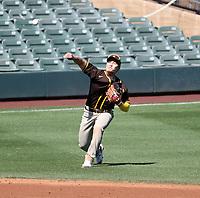 Ha-Seong Kim - San Diego Padres 2021 spring training (Bill Mitchell)