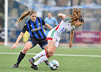Raquel Viaene (5 Brugge) pictured in a duel with OHL's Jill Janssens during a female soccer game between Club Brugge Dames YLA and Oud Heverlee Leuven on the 8 th matchday of the 2020 - 2021 season of Belgian Scooore Womens Super League , saturday 21 th November 2020  in Knokke , Belgium . PHOTO SPORTPIX.BE | SPP | DAVID CATRY