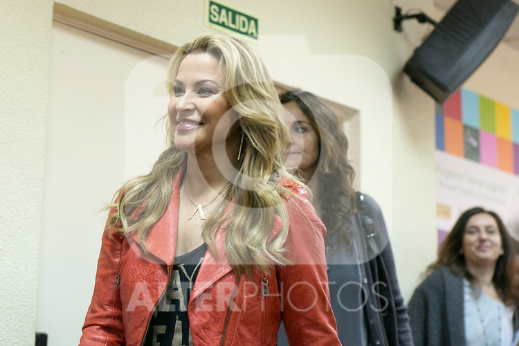 """US singer ANASTACIA at the presentation of her new album """"Resurrection"""" an the Charity Concert """"Por Ellas"""" at the Spanish Against Cancer Asociation (AECC) building in Madrid, Spain. May 20, 2014. (ALTERPHOTOS/Carlos Dafonte)"""