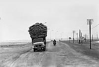 - truck on road....- autocarro su strada