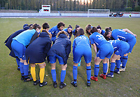 Genk players pictured at the huddle before a female soccer game between FC Femina White Star Woluwe and KRC Genk on the third matchday of play off 2 in the 2020 - 2021 season of Belgian Scooore Womens Super League , Friday 23 th of April 2021  in Woluwe , Belgium . PHOTO SPORTPIX.BE | SPP | SEVIL OKTEM