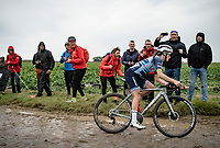 Lizzie Deignan (GBR/Trek-Segafredo) at the Carrefour de l'Arbre solo's to an incredible inaugural women's Roubaix win. <br /> Deignan rode away from the pack on the very first cobbled section and managed to stay ahead for the next 16...<br /> <br /> Inaugural Paris-Roubaix Femmes 2021 (1.WWT)<br /> One day race from Denain to Roubaix (FRA)(116.4km)<br /> <br /> ©kramon