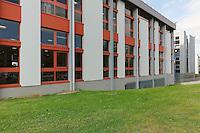 bibliothèque universitaire santé.Architectes A. Robain, C. Guieysse, 2000