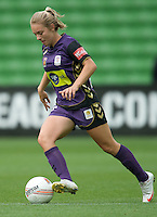 MELBOURNE, AUSTRALIA - DECEMBER 18: Marianna TABAIN of the Glory controls the ball during the round 7 W-League match between the Melbourne Victory and the Perth Glory at AAMI Park on December 18, 2010 in Melbourne, Australia. (Photo Sydney Low / asteriskimages.com)