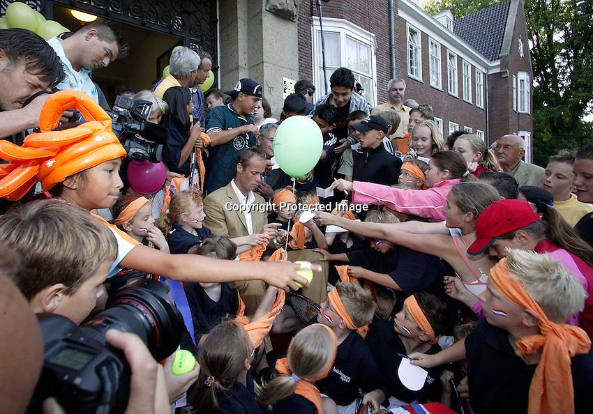 2003,06,09,Netherlands,  ALPHEN AAN DE RIJN , Honoring  MARTIN VERKERK (NED) after his final at Rolland Garros.