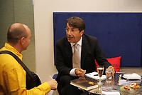 Autor Lorenzo die Medici im Gespräch