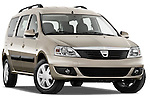 Low aggressive passenger side front three quarter view of a 2009 Dacia Logan Laureate Minivan.