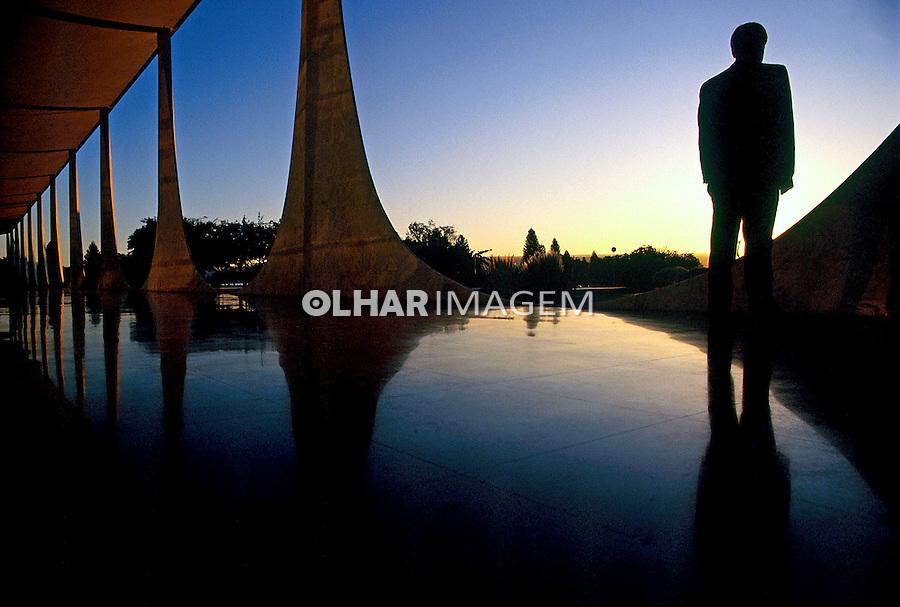 Palácio da Alvorada. Cidade de Brasília. 2004. Foto de Salomon Cytrynowicz.