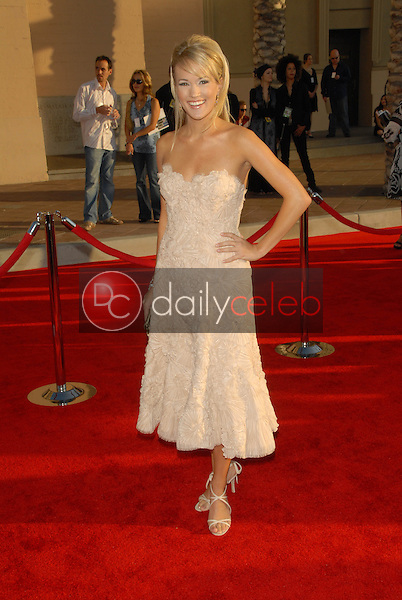 Carrie Underwood<br />at the 34th Annual American Music Awards. Shrine Auditorium, Los Angeles, CA. 11-21-06<br />Dave Edwards/DailyCeleb.com 818-249-4998