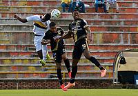 VILLAVICENCIO - COLOMBIA, 18-09-2021: Llaneros F. C. y Boca Juniors de Cali durante partido de la fecha 9 por el Torneo BetPlay DIMAYOR II 2021 en el estadio Bello Horizonte en la ciudad de Villavicencio. / Llaneros F. C. and Boca Juniors de Cali during a match of the 9th date for the BetPlay DIMAYOR II 2021 Tournament at the Bello Horizonte stadium in Villavicencio city. / Photo: VizzorImage / Juan Herrera / Cont.