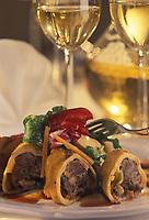 """Europe/Allemagne/Forêt-Noire/Fribourg: Roulade de queue de  boeuf  avec champignons marinés ,recette de Mr Dalhinge restaurant """"Eichhalde """""""