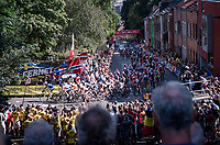 up the Wijnpersstraat<br /> <br /> Women Elite - Road Race (WC)<br /> from Antwerp to Leuven (158km)<br /> <br /> UCI Road World Championships - Flanders Belgium 2021<br /> <br /> ©kramon