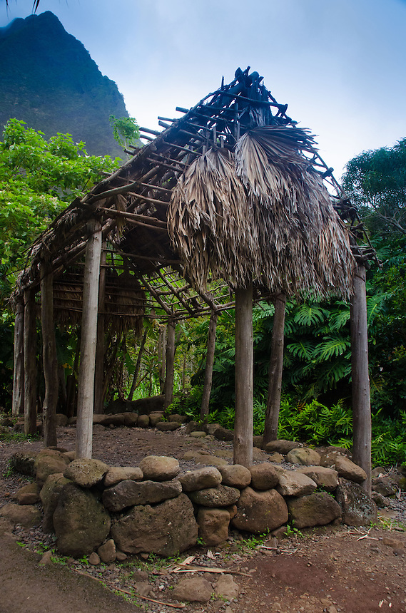 Grass Shack and Iao Needle, 'Iao Valley State Monument, Maui, Hawaii, US
