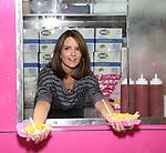 Tina Fey serves at 'Mean Girls' Food Truck