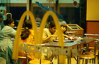 INDIA Bombay Mumbai,  McDonalds Fast food restaurant in Andheri / INDIEN Mumbai, McDonalds Fastfood Restaurant and takeaway