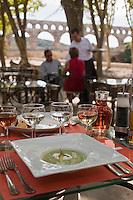 Europe/France/Languedoc-Roussillon/30/Gard/Pont du Gard: Restaurant Les Terasses