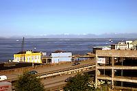 Seattle: Looking across Freeway (Alaska Way Viaduct) to Sound.  Photo '86.