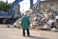 - terremoto in Emilia, macerie a  Cavezzo....- Emilia earthquake, rubble in Cavezzo
