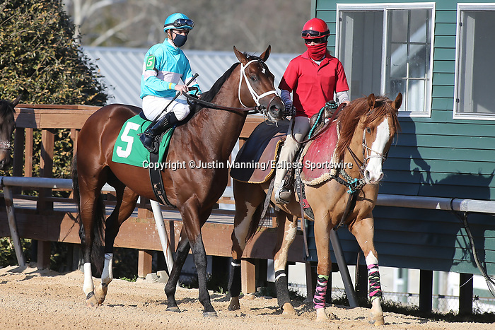 March 6, 2021: Scenery during the Honeybee Stakes at Oaklawn Racing Casino Resort in Hot Springs, Arkansas. ©Justin Manning/Eclipse Sportswire/CSM