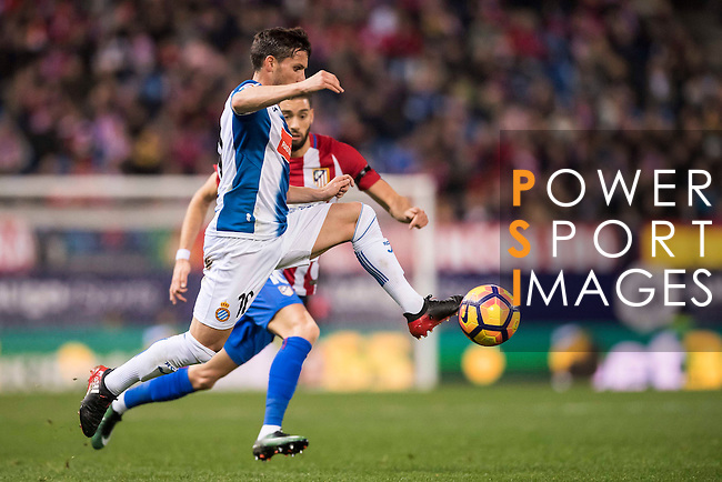 Pablo Daniel Piatti of RCD Espanyol in action during the La Liga match between Atletico de Madrid and RCD Espanyol at the Vicente Calderón Stadium on 03 November 2016 in Madrid, Spain. Photo by Diego Gonzalez Souto / Power Sport Images
