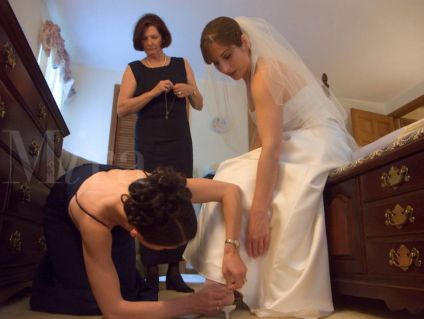 May, 2004 pre-wedding ritual of the bride's preparation in her Massachussets family home...