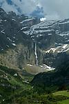 Cirque de Gavarnie vu depuis  le plateau de Bellevue.Pyrénées centrales. Parc national des Pyrénées. Patrimoine mondial de l'Unesco. France.The French Pyrenees. France