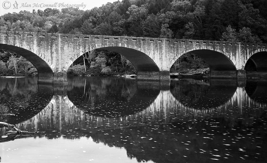 The Edward Moss Gatliff Bridge crosses the Cumberland River at Cumberland Falls State Park.