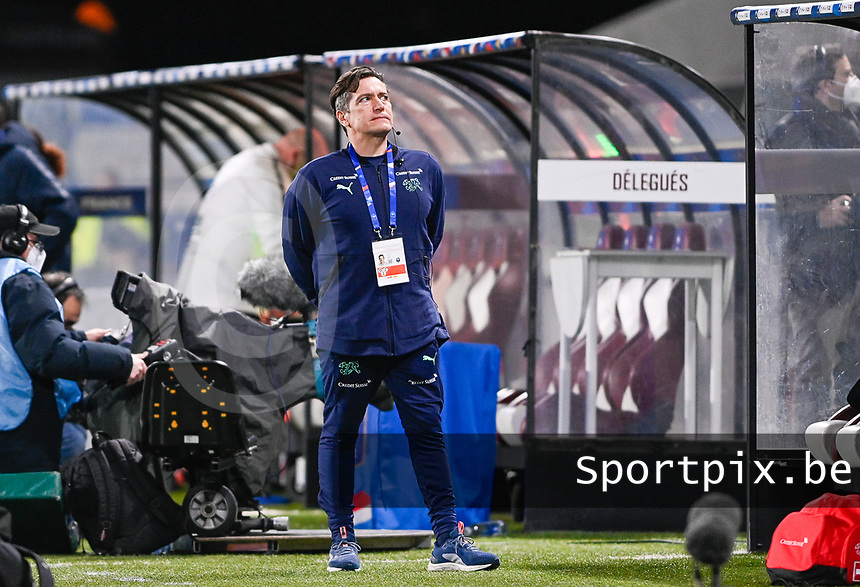 Swiss head coach Nils Nielsen pictured during the Womens International Friendly game between France and Switzerland at Stade Saint-Symphorien in Longeville-lès-Metz, France.